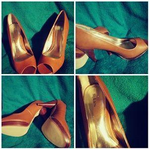 Caramel Platform heels